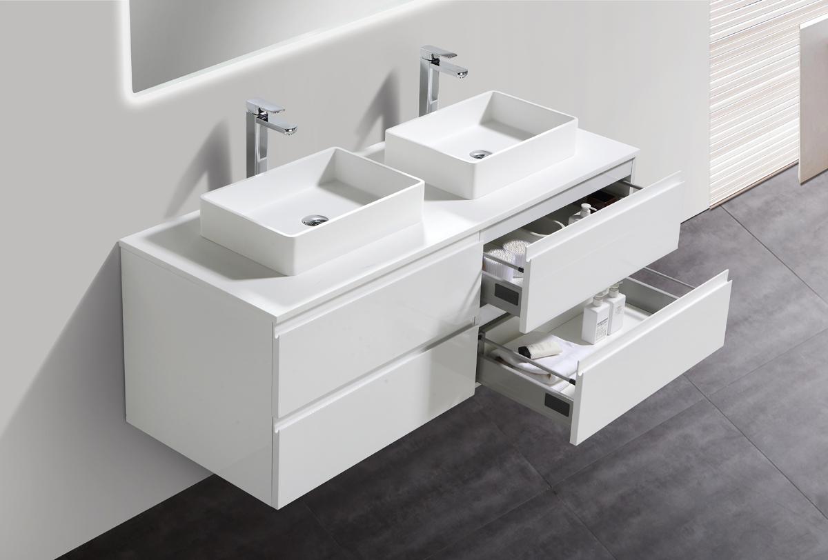 Armadio laccato bianco per soggiorno - Lavandino doppio bagno ...